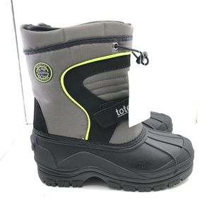 TOTES Youth Snow Boots